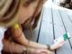 unge piger mobil telefon iphone app
