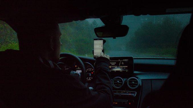 trafik mobiltelefon