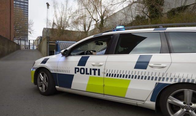 politibil vesntre side