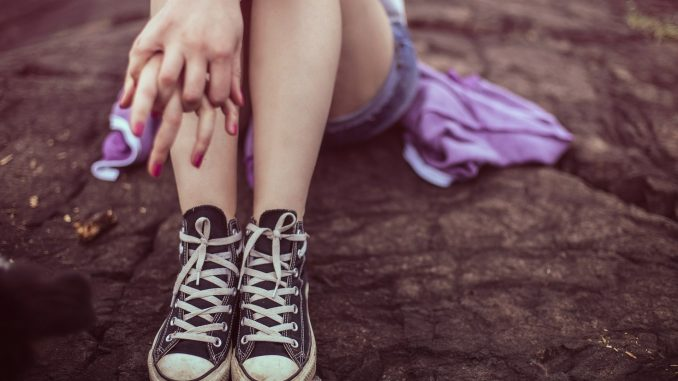 pige barn ben
