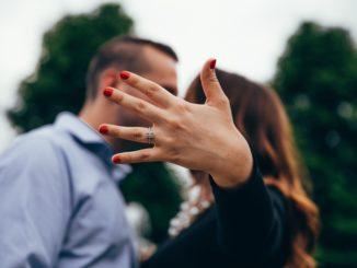 ringe bryllup forlovelse